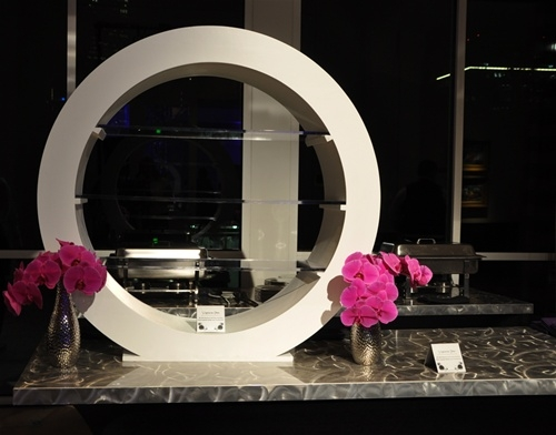 Circle Buffet Server