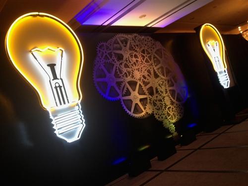 Neon Light Bulbs >> Light Bulb Neon Sign